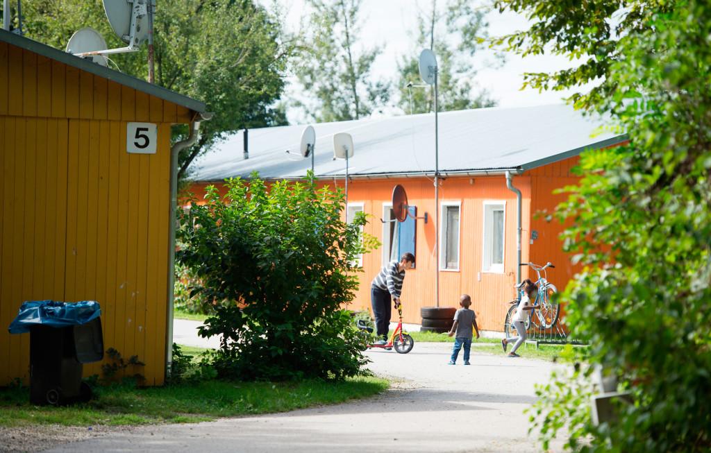Barackerna som utgör flyktingförläggningen i Dachau upprättades för 20 år sedan för att ta emot flyktingar från Bosnienkriget. Foto: Sebastian Widmann