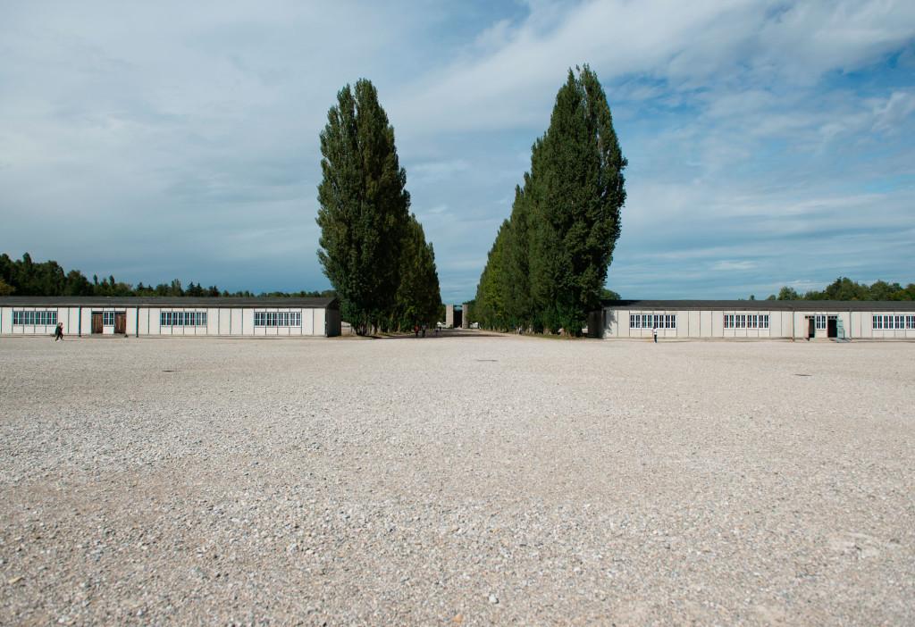 Det tidigare koncentrationslägret i Dachau, Tyskland är numera en minnesplats. Foto: Sebastian Widmann
